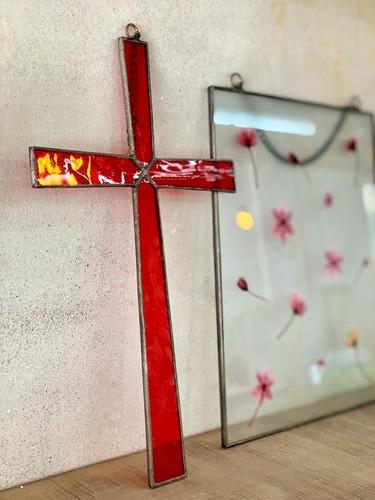 스테인드글라스 벽걸이 십자가 - 빨강
