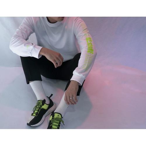 RE:stoRE neon side longsleeve (white)