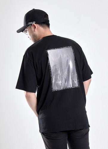 프리덤 프린팅 티셔츠 (검정)