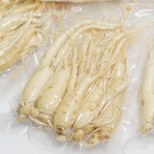 금산평안교회 임동현 집사의 5년근 세척수삼 (원수삼, 난발삼)