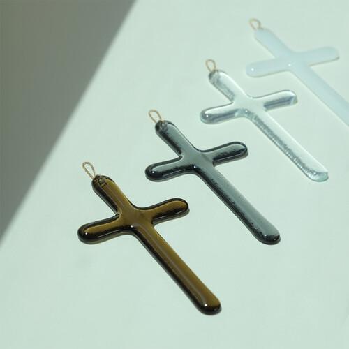 기도의 집 유리 십자가