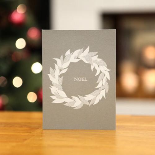 하베스터 크리스마스 카드 - 실버 리스