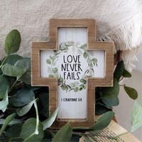 나무 십자가 - Love Never Fails