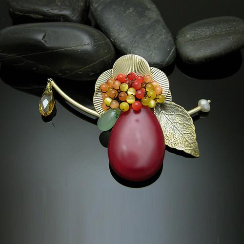브로치- 꽃이피어서 살구열매가 열렸더라 (민 17:8)
