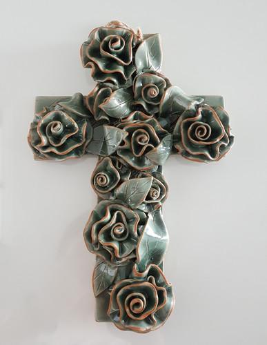 도자기 장미 십자가 - 청자색