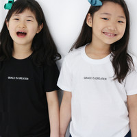 갓피플 반팔 티셔츠 - 은혜가 더 크다 : GRACE IS GREATER
