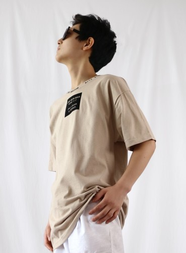 원뉴맨사각티셔츠